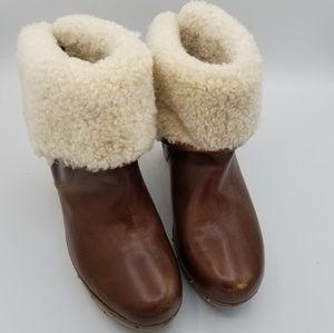 UGG Australia Lynnea S/N 1958 Brown Boots Sz 7